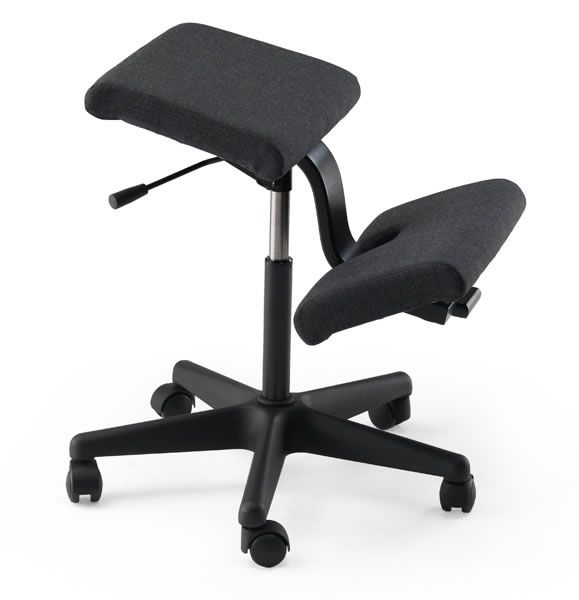 varier wing kneeling chair back in action back in action