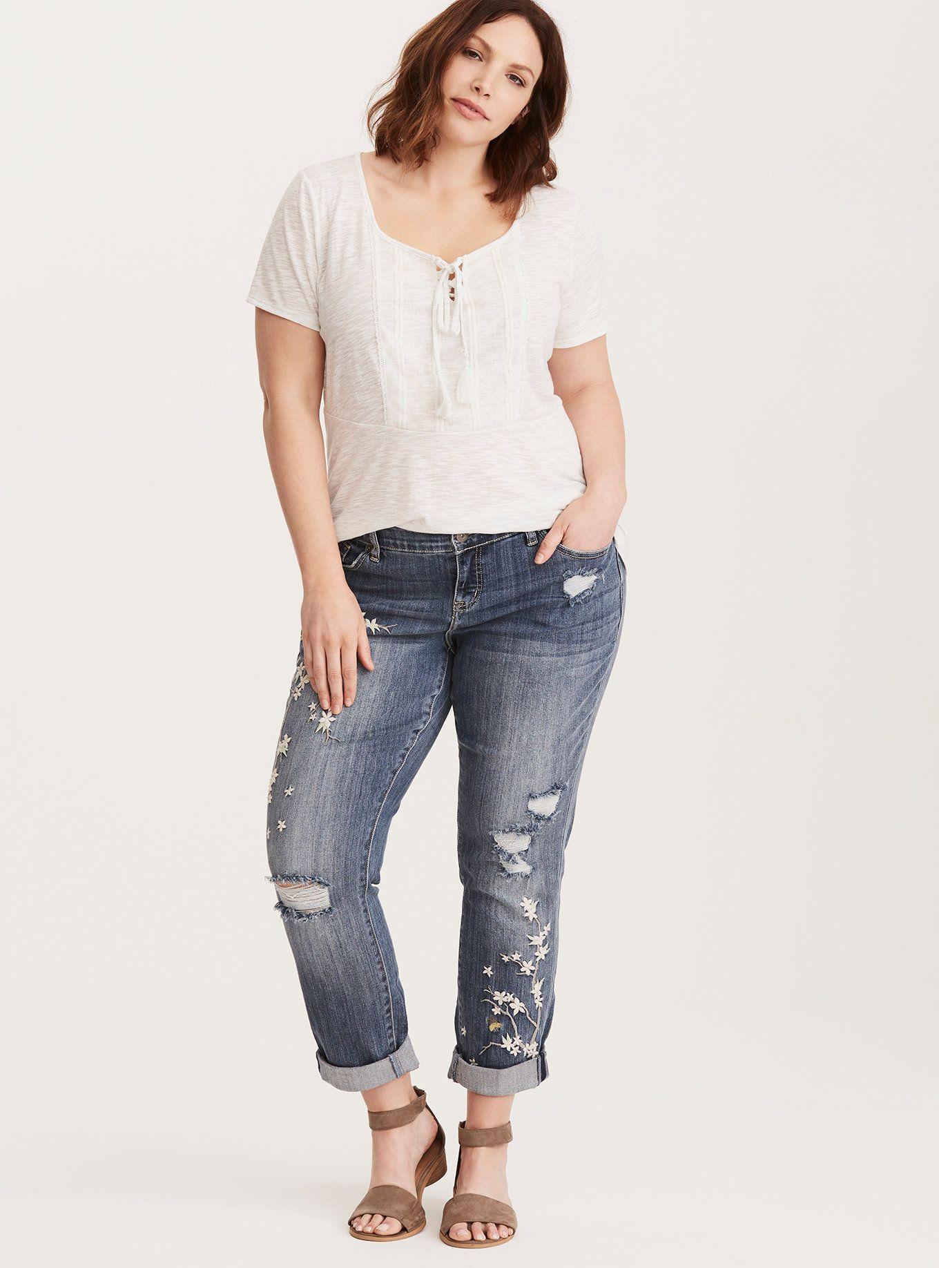 Premium Boyfriend Jeans Medium Wash with Floral Embroidery
