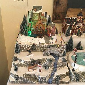LIGHTED Train Tunnel Christmas display PLATFORM BASE, Lemax, Miniature village, Dept 56 Snow village Qp #halloweenvillagedisplay