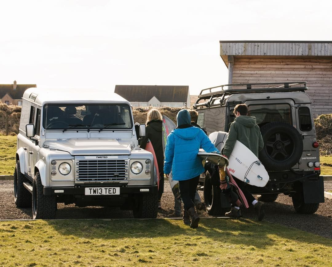 Defendersready To Take On Any Adventure Land Rover Pinterest 4x4