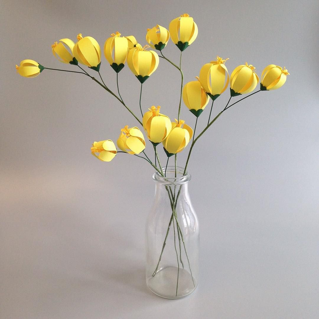 Stylised Paper Freesia Stems To Brighten This Grey Day Love The