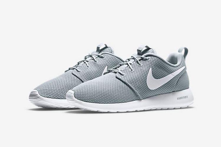 Nike Roshe One | Man of Many