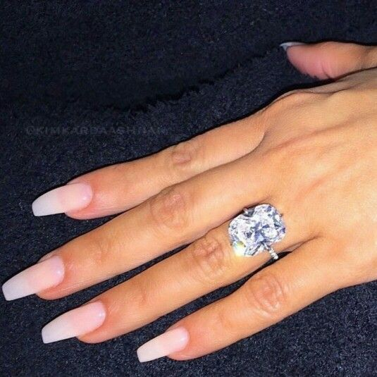 Kardashian Bands: Kim Kardashian's Wedding Ring!!!