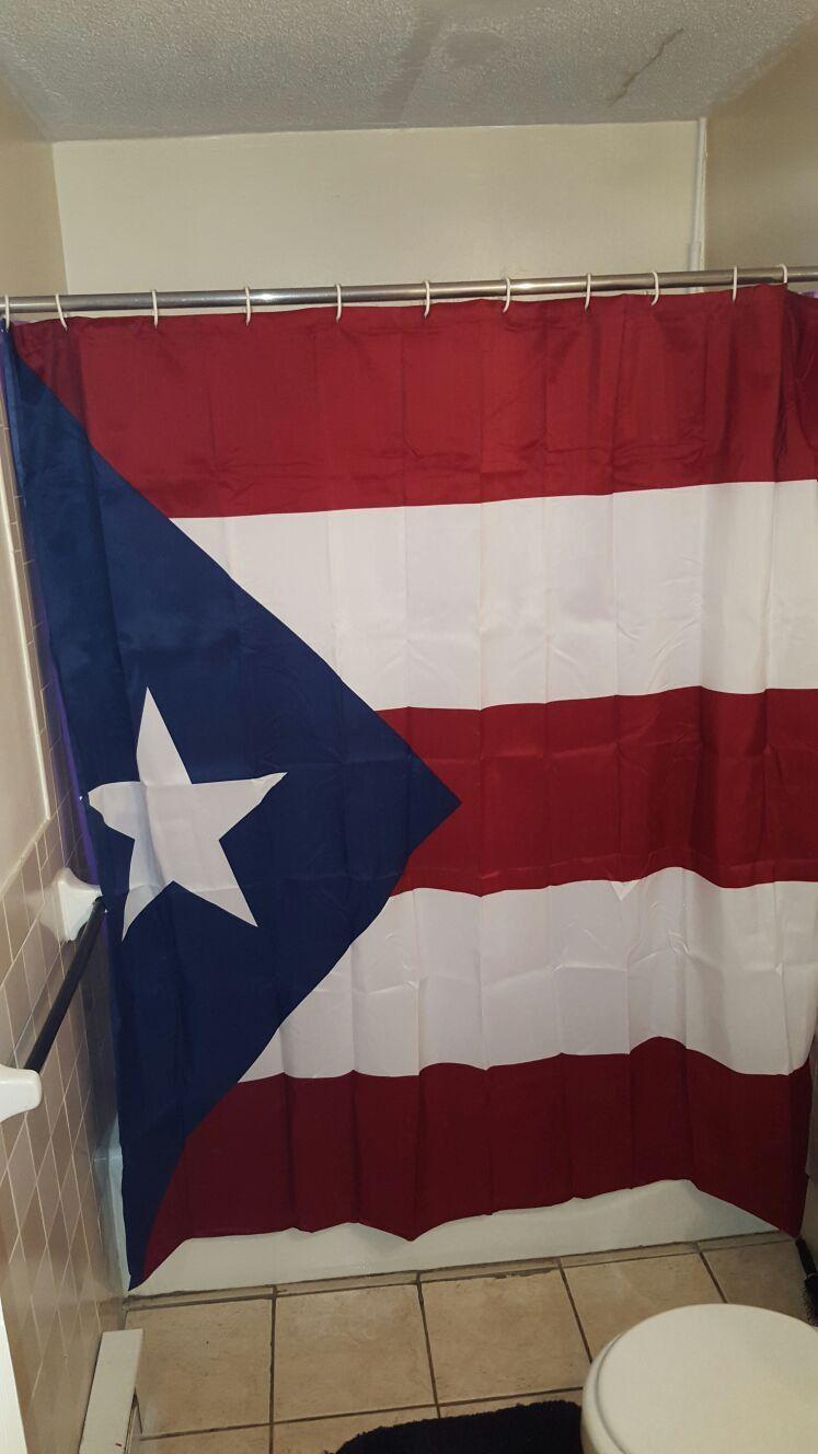 Cortina de baño con la Bandera de Puerto Rico