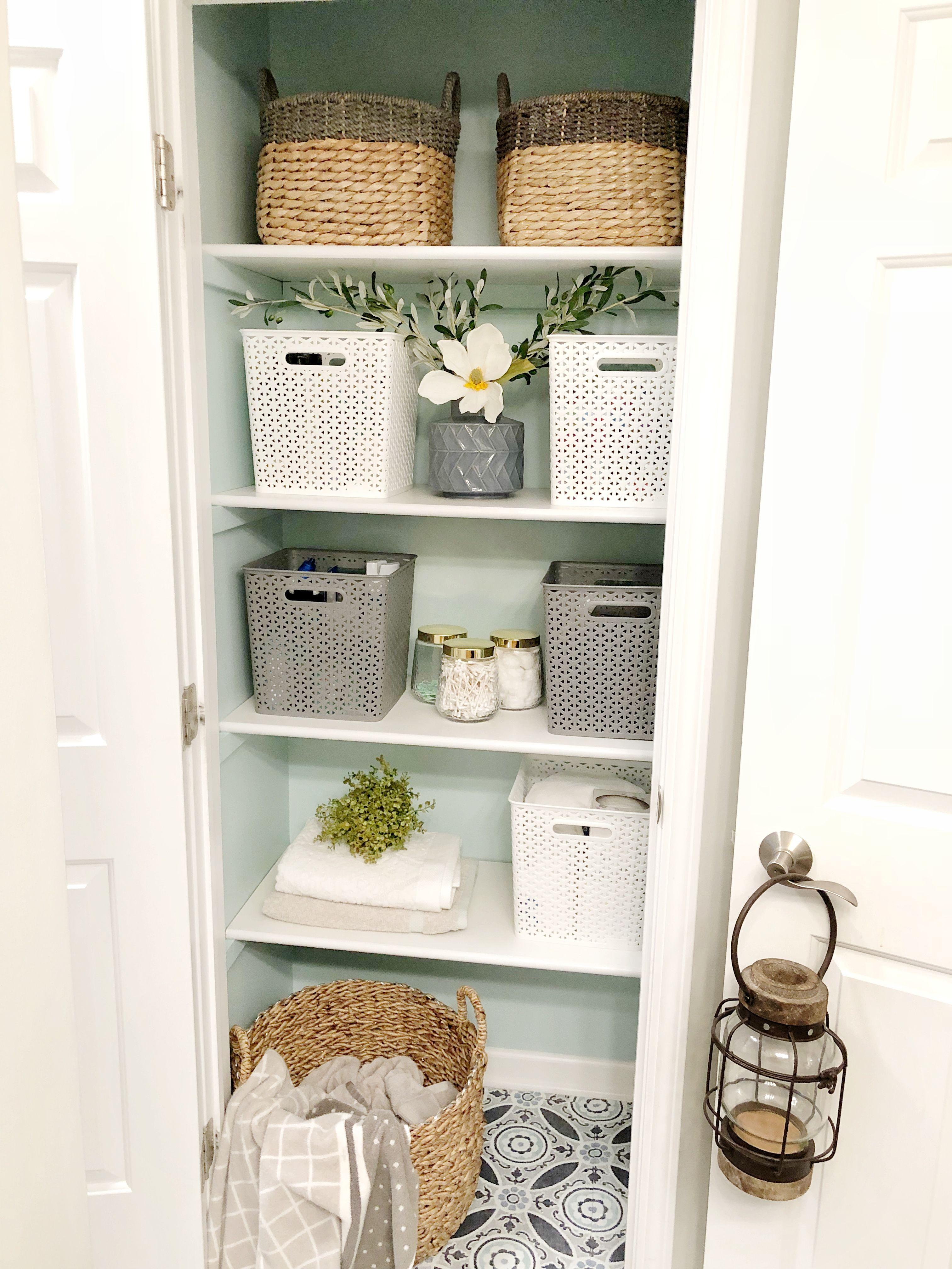 Linen Closet Makeover & Organization Tips