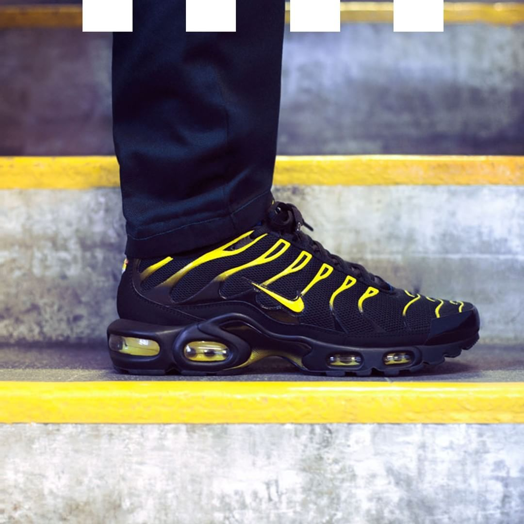 Nike Air Max Plus TN1 'Taxi' | Sneakers nike, Boys running
