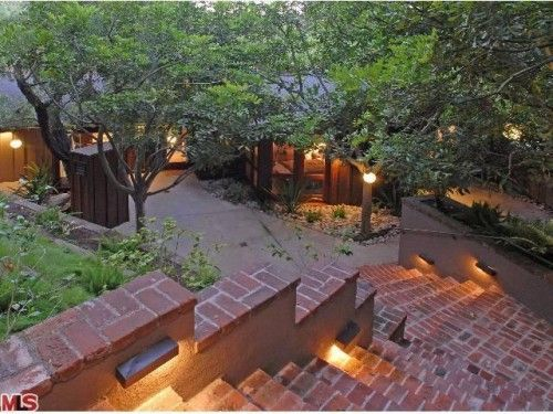 Heath Ledger Ellen Degeneres House Back In Laurel Canyon Los Angeles Homes Tree House Outdoor Inspirations