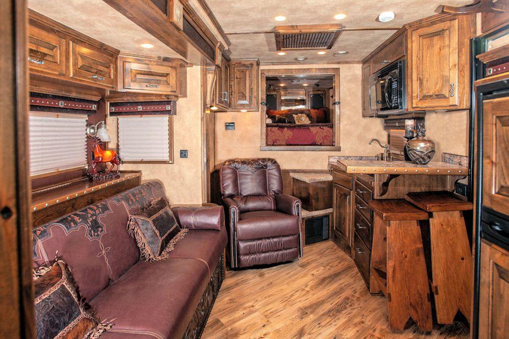 Image 5 horse trailer living quarters trailer living