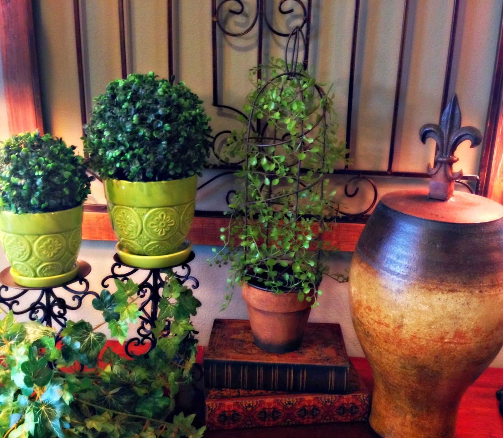 The Tuscan Home: Getting Creative With Green And Yellow