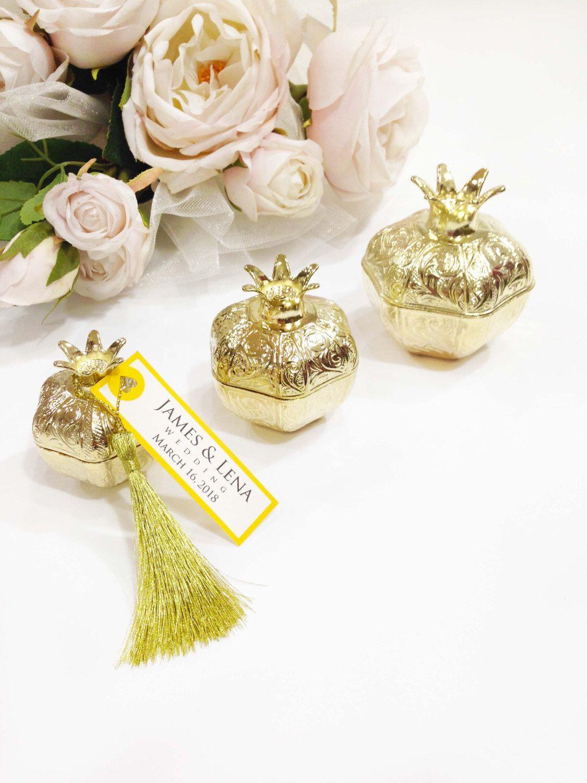 Elegant Wedding favors box idea favor box pomegranate unique wedding ...