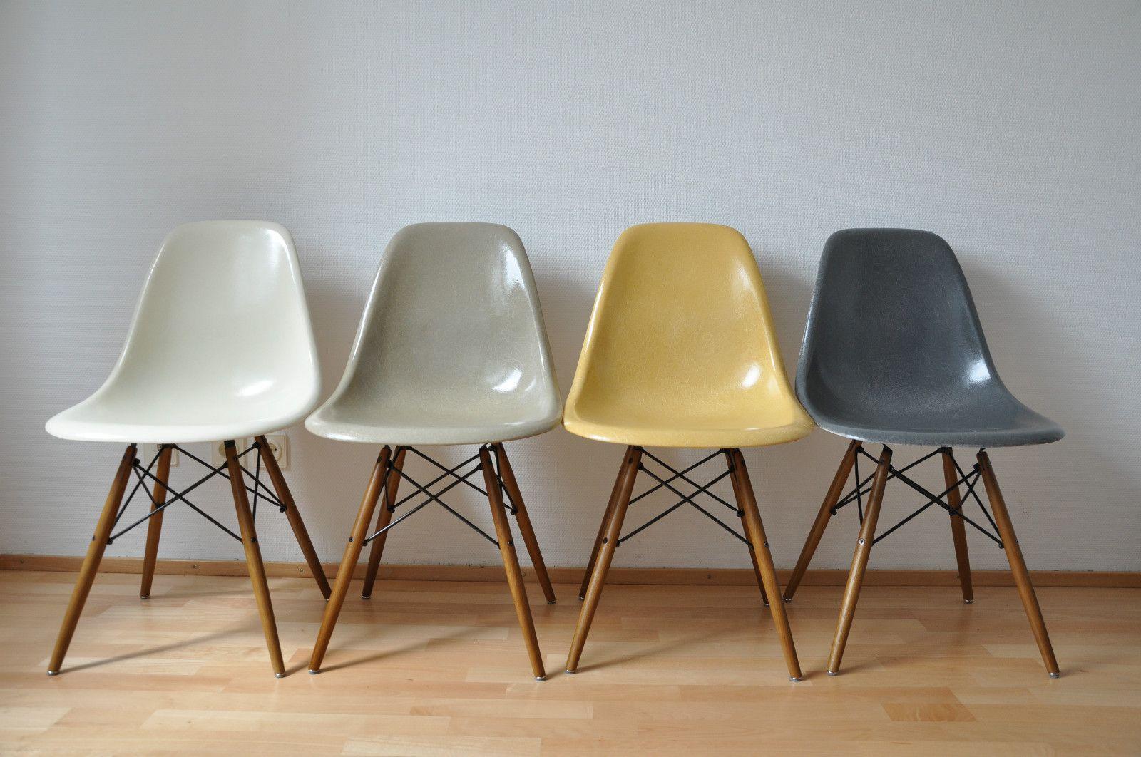 Eames   HERMAN MILLER   VITRA, 4x chairs , Stuhle aus ...
