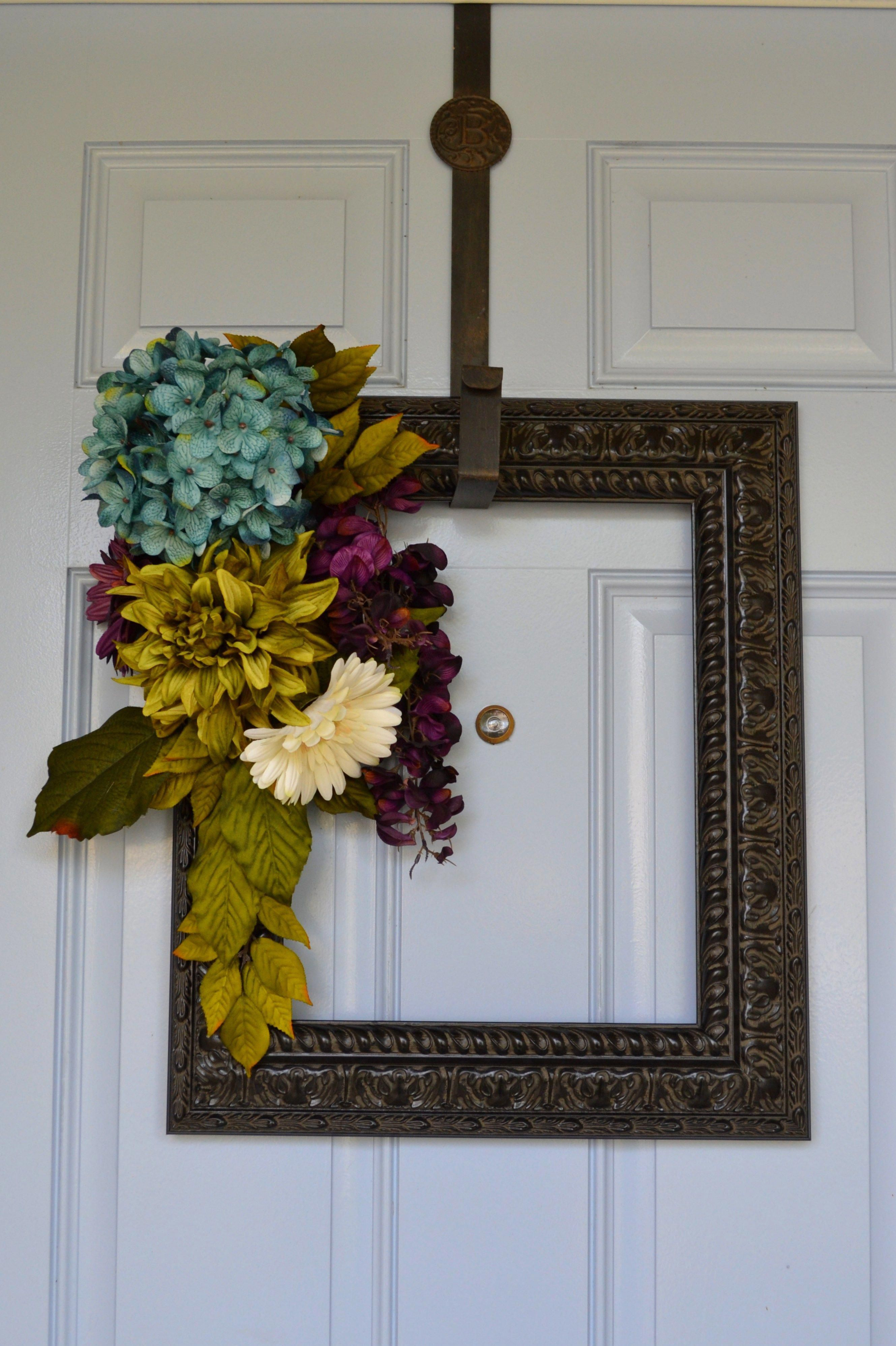 Picture Frame Wreath pictureframerustic DIY Picture