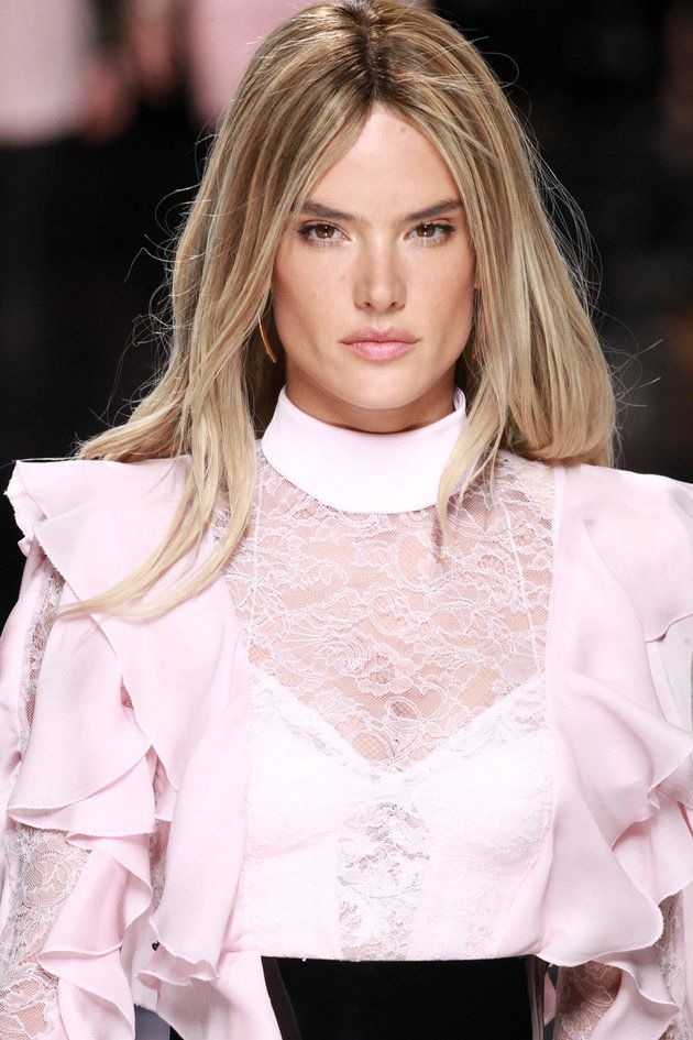 Alessandra Ambrosio Hair Color 2016 20642 Loadtve