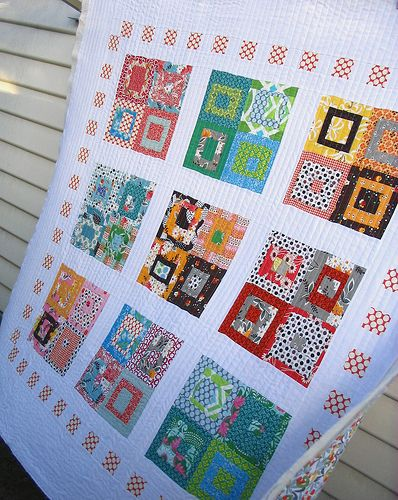 Red Pepper Quilts: Block party quilted