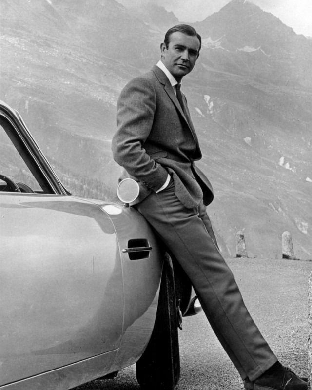 1964 Goldfinger James Bond 007 SEAN CONNERY 8X10 PHOTO