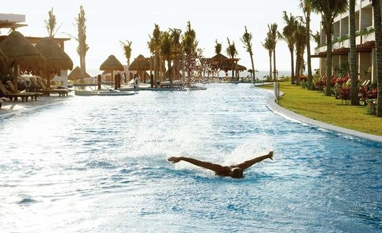 Excellence Resorts Playa Mujeres, Leisure and Activities