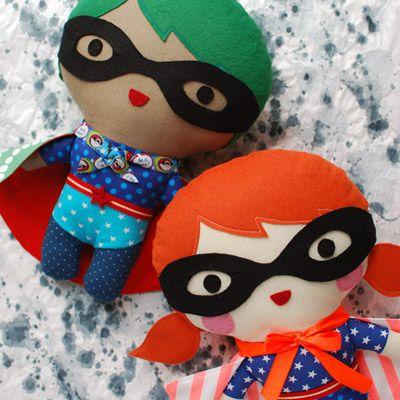Super cute tutorial and free sewing pattern: make a personalised superhero softie, via Tuts+. #craft #freepattern #toydoll