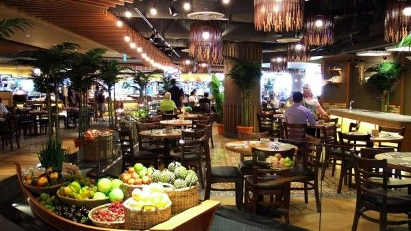 Top 5 Halal Buffets In Singapore Openrice Sg Editor Chef Wan Celebrity Chefs Buffet Restaurant