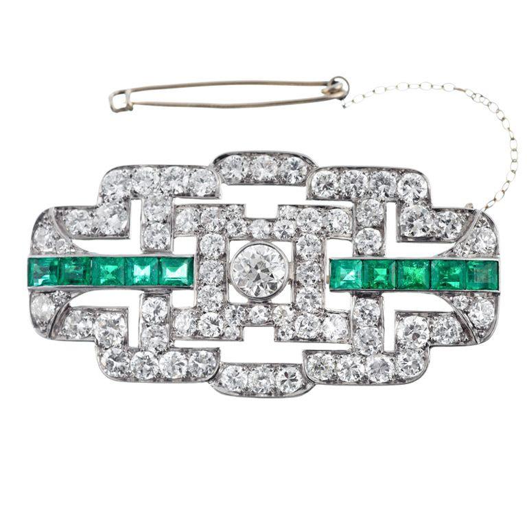 Art Deco Diamond and Emerald Brooch, ca. 1930