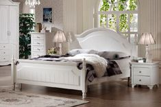 Features: Boasting first class design, this bed highlights the different patterns with simple curved lines, which is full of artistic feeling and shows a warm and plain breath.