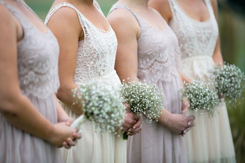 Studio 24 Wedding Florist In Wanaka New Zealand Gypsophila Baby S Breath Bouquets Gypsophila Wedding Exclusive Wedding Wedding