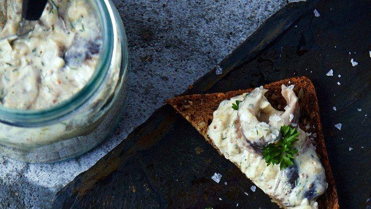 Herring In Mustard Sour Cream On Rye Bread Recipe Recipes Sour Cream Mustard Cream Sauce