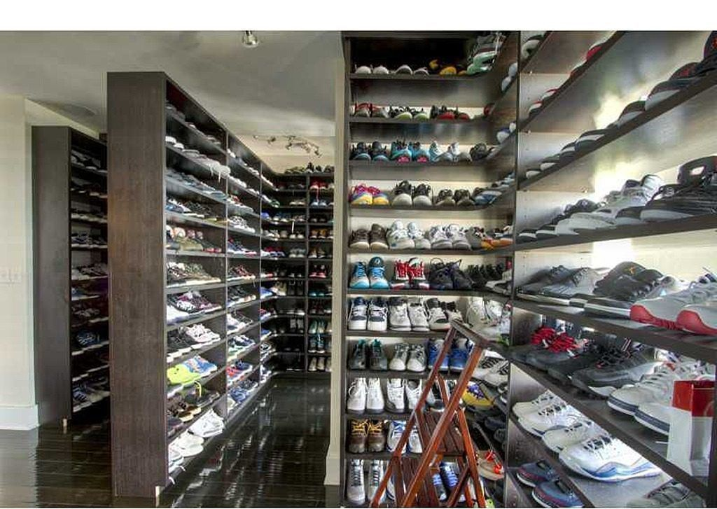 c8311d33dd291 Young Jeezy s Deluxe Buckhead Shoe Palace Up For Grabs - Curbed Atlanta