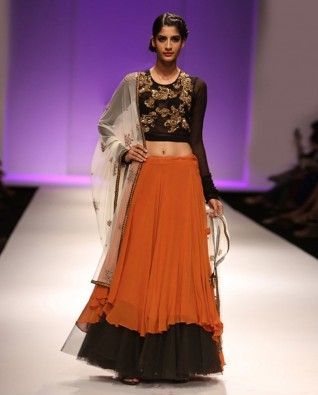 #Exclusivelyin, #IndianEthnicWear, #IndianWear, #Fashion, Summer Chic Skirt & Top