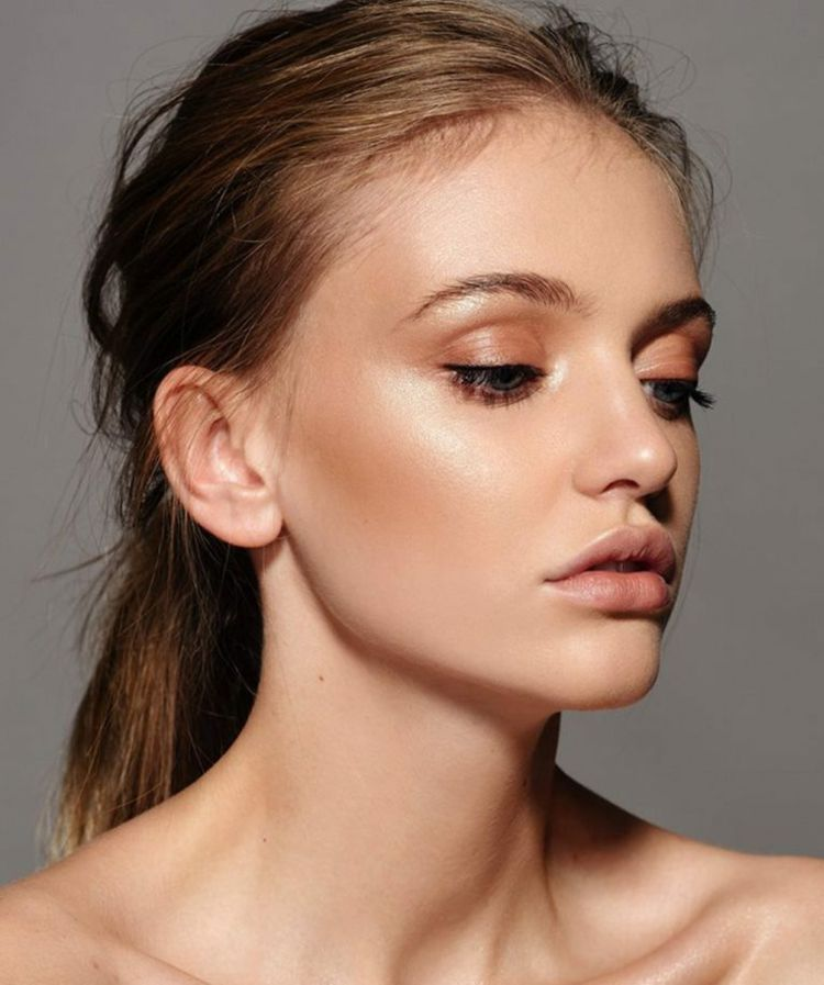 Photo of Natürliches Make Up betont Ihre Schönheit und lässt Ihr Gesicht strahlen!