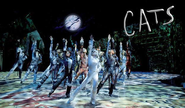 Esta obra musical me encanta se llama CATS y es de Andrew Lloyd - best of lyrics invitation to the jellicle ball