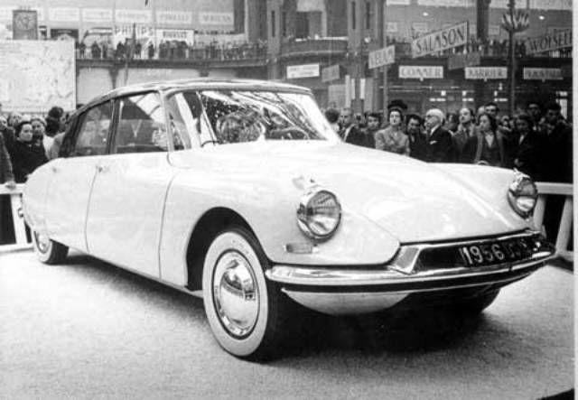 Les Reines De Saba :: La DS Citroën