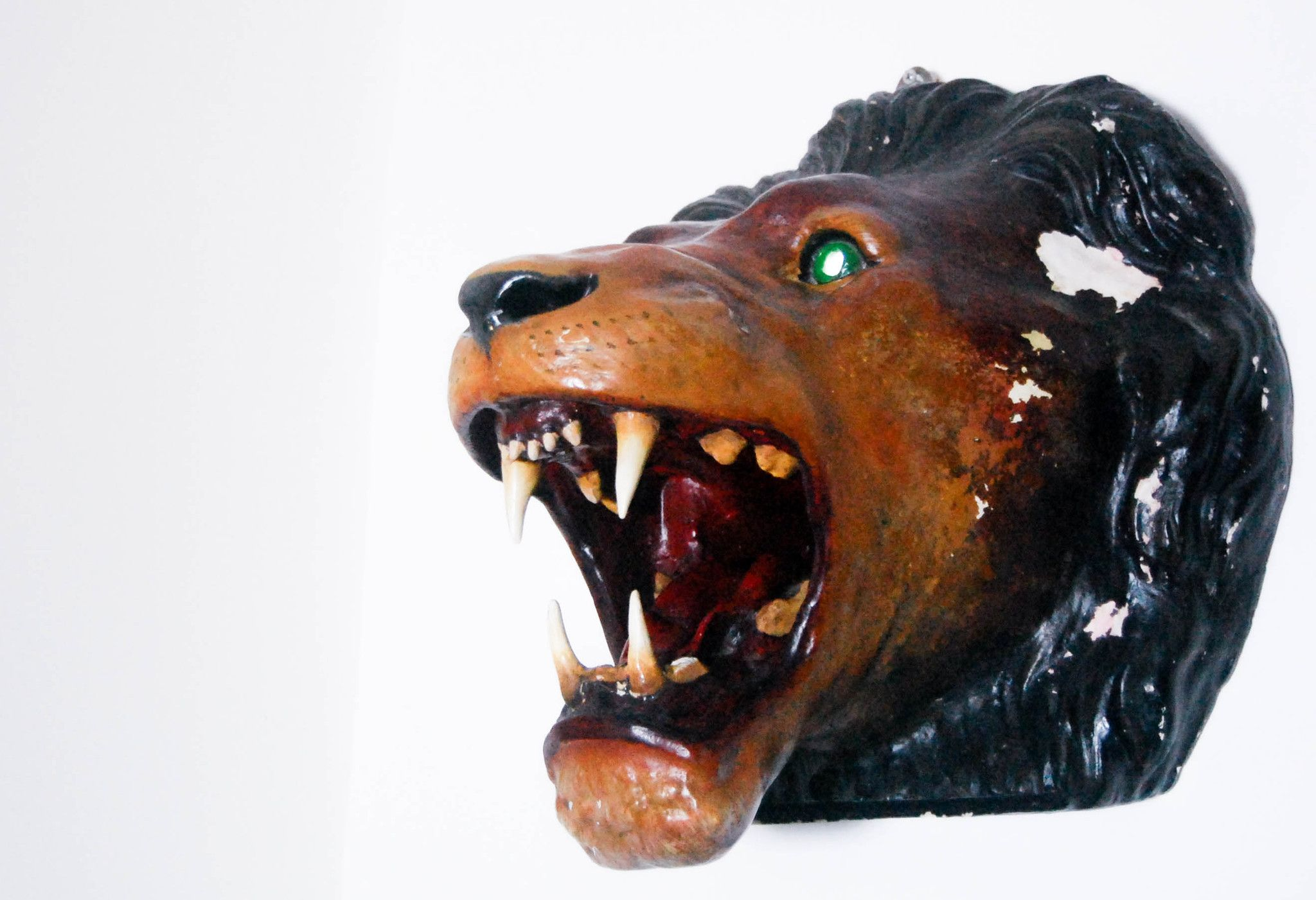 Twentieth Century Circus Or Fairground Painted Plaster Lion S Head Painting Lion Head Lion Sculpture