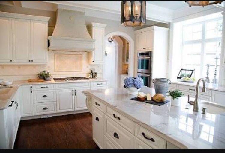 Pin By Gd On Kitchens Kitchen Quartz Kitchen