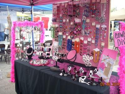 Jewellery display · Craft show booth idea & Girly Bling Booth | Bungee cord Cord and Display