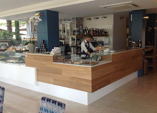 Progetto arredo molin 22 arredamenti per bar for Arredamenti per locali commerciali
