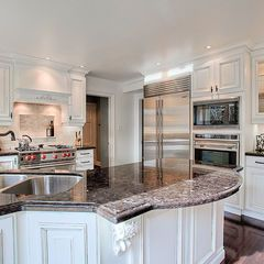 by Elmwood Fine Custom Cabinetry | Traditional kitchen ...