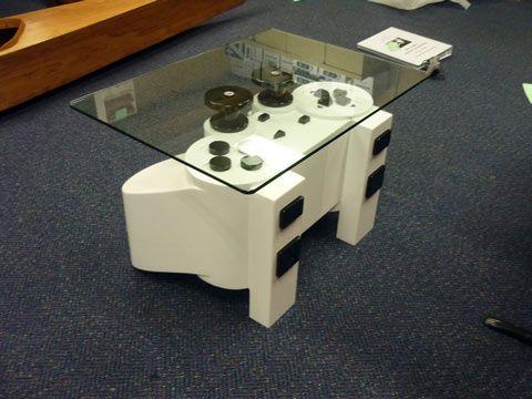 Geek Une Table De Salon En Manette De Playstation Table De Salon Playstation Manette