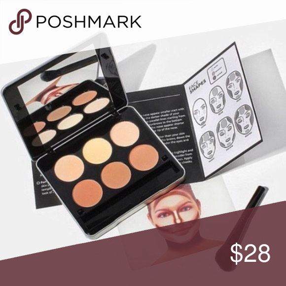 Makeover Essentials Beauty Essential Contour Kit NWT in