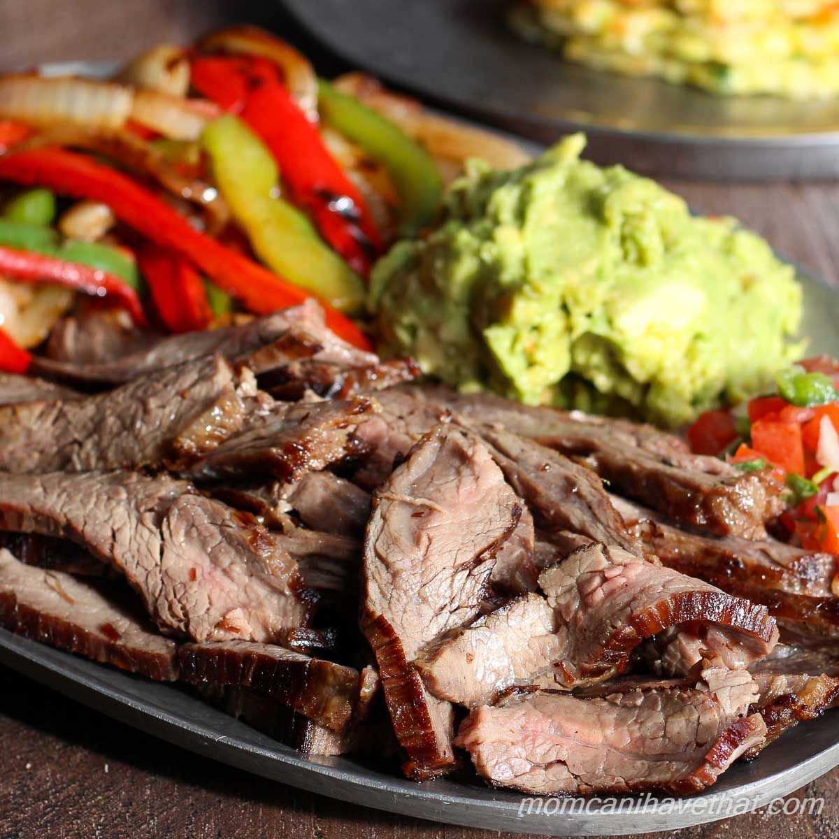 Traditional Beef Fajitas via @lowcarbmaven #beeffajitamarinade