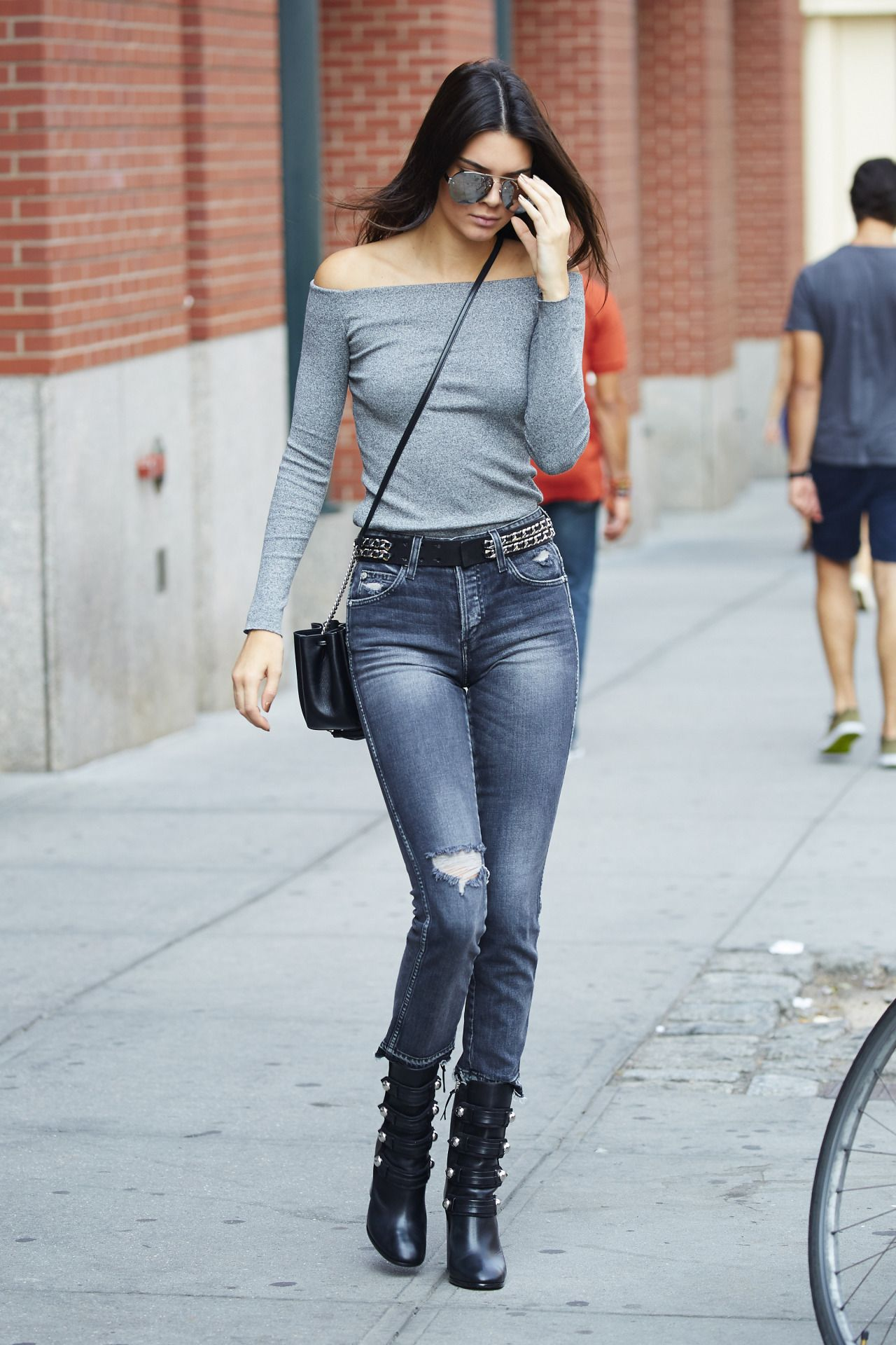 e5bba8ec321 Fashion · Queen Kendall
