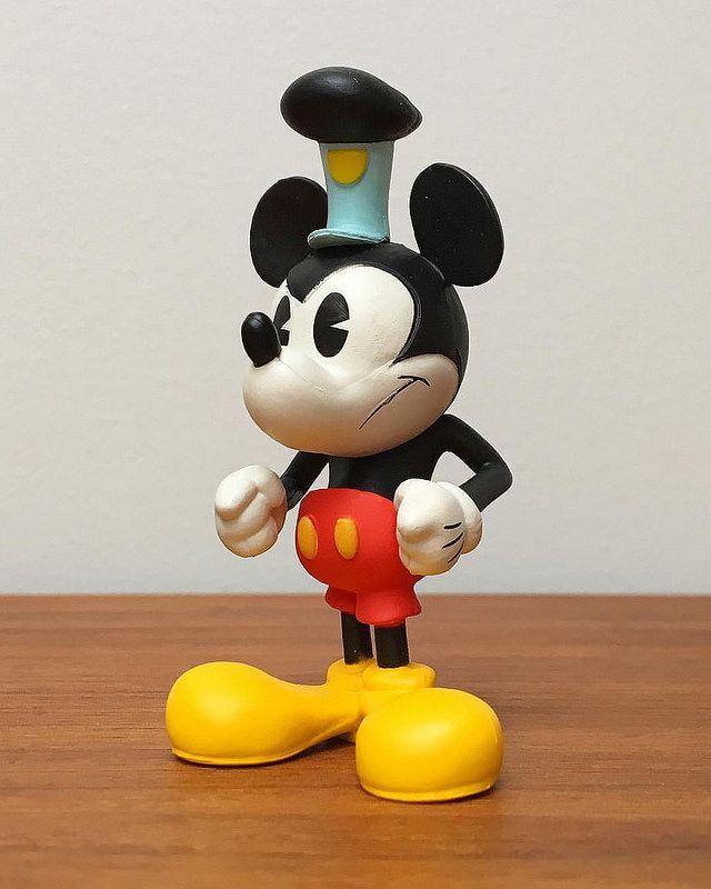 Vinylmation Mickey Mouse figure: Mickey Monkey (2017 ...