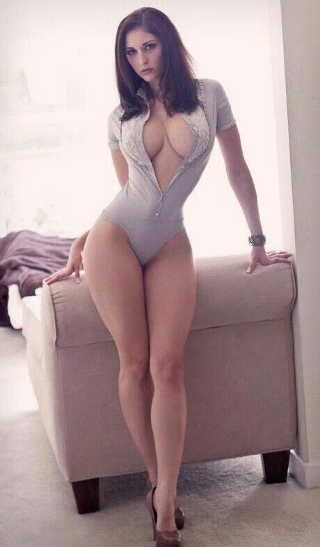 sexy woman porn Apr 2015  9 Bustle Readers Share Their Favorite Sexy Sites And Videos.