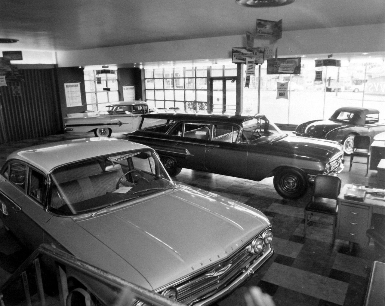 Chevy showroom… 1960(good stuff here) Classic cars