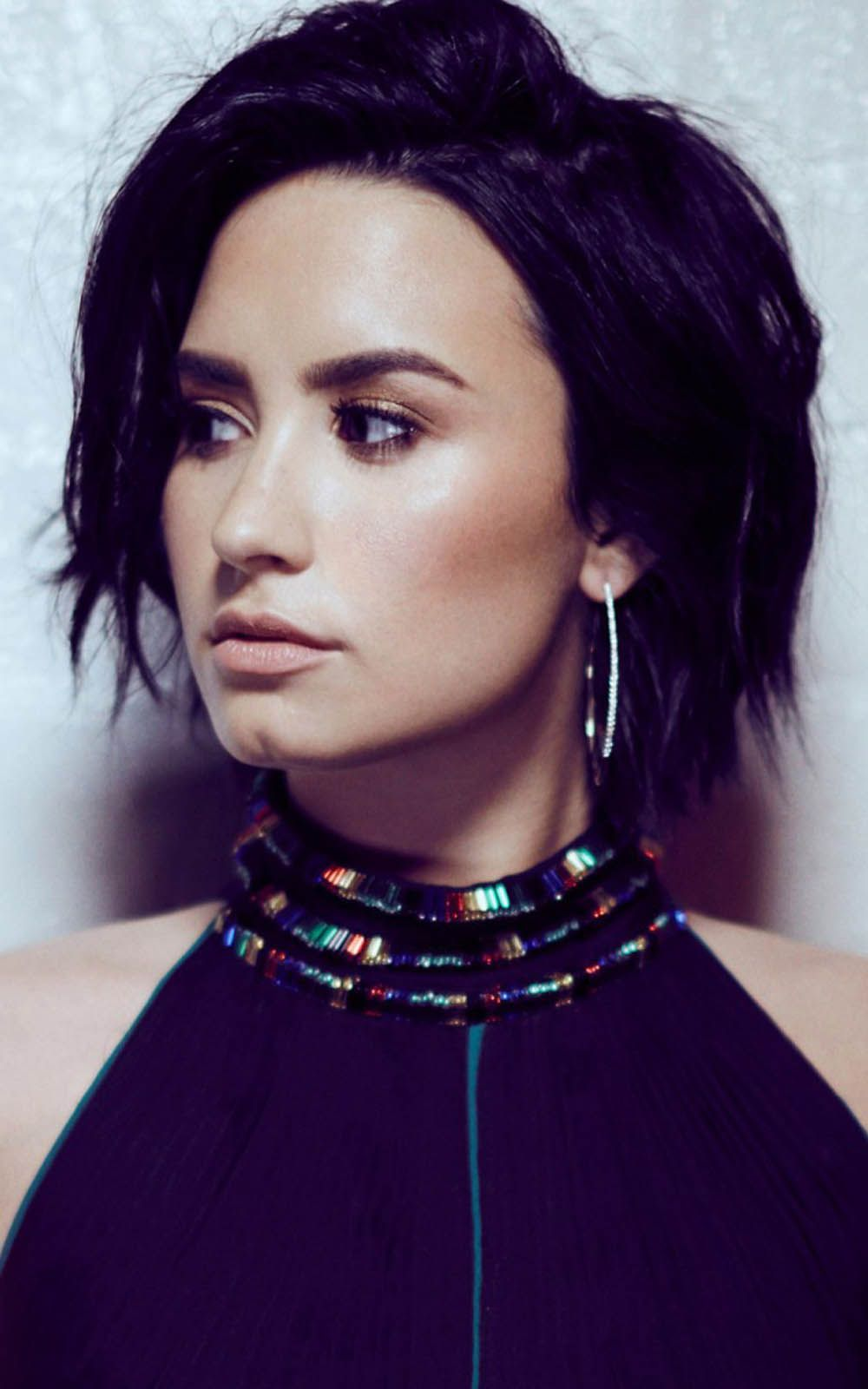 Demi Lovato 2017 New Photoshoot Hd Mobile Wallpaper Demi Lovato Demi Lovato 2017 Lovato