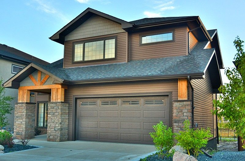 Kaycan Vinyl Siding Cabot Brown Siding With Grey Brown Shakes And Stone Wood Ac Exterior Paint Colors For House Exterior House Colors Paint Colors For Home