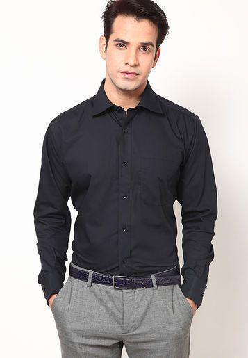 black shirt and grey pant