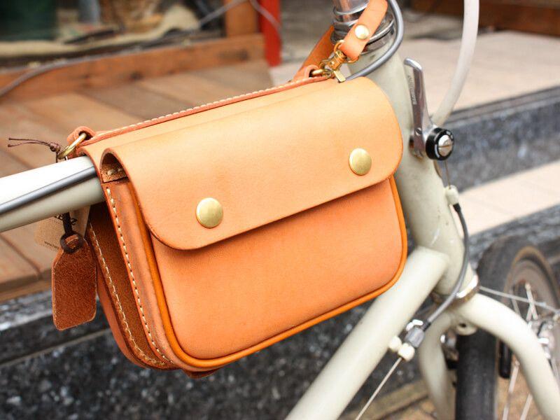ごあいさつ 自転車乗り企画第一弾 革鞄 レザーバッグのherz ヘルツ 公式ブログ レザーバッグ バッグ レザー