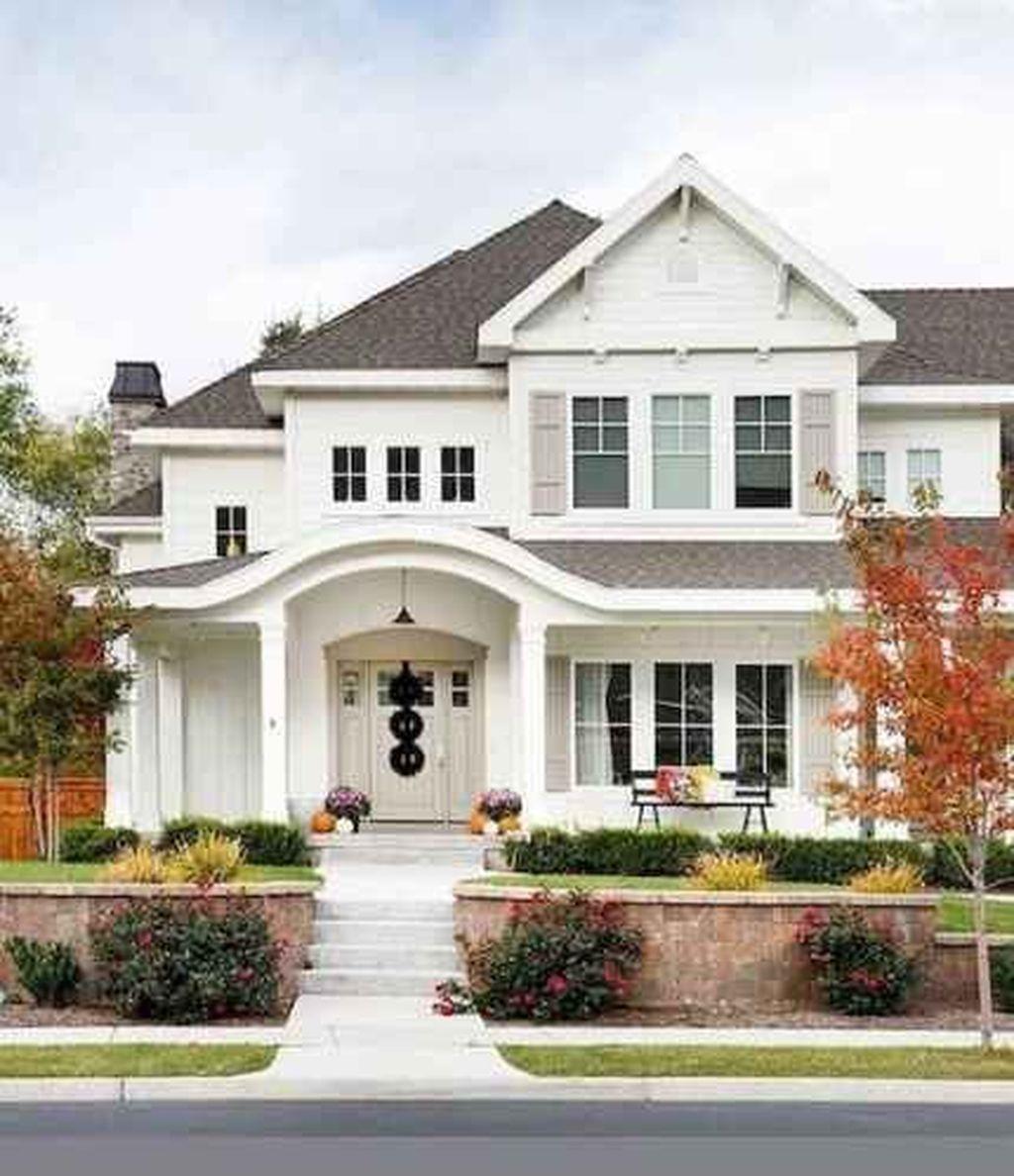 30 cozy farmhouse exterior design ideas that looks cool