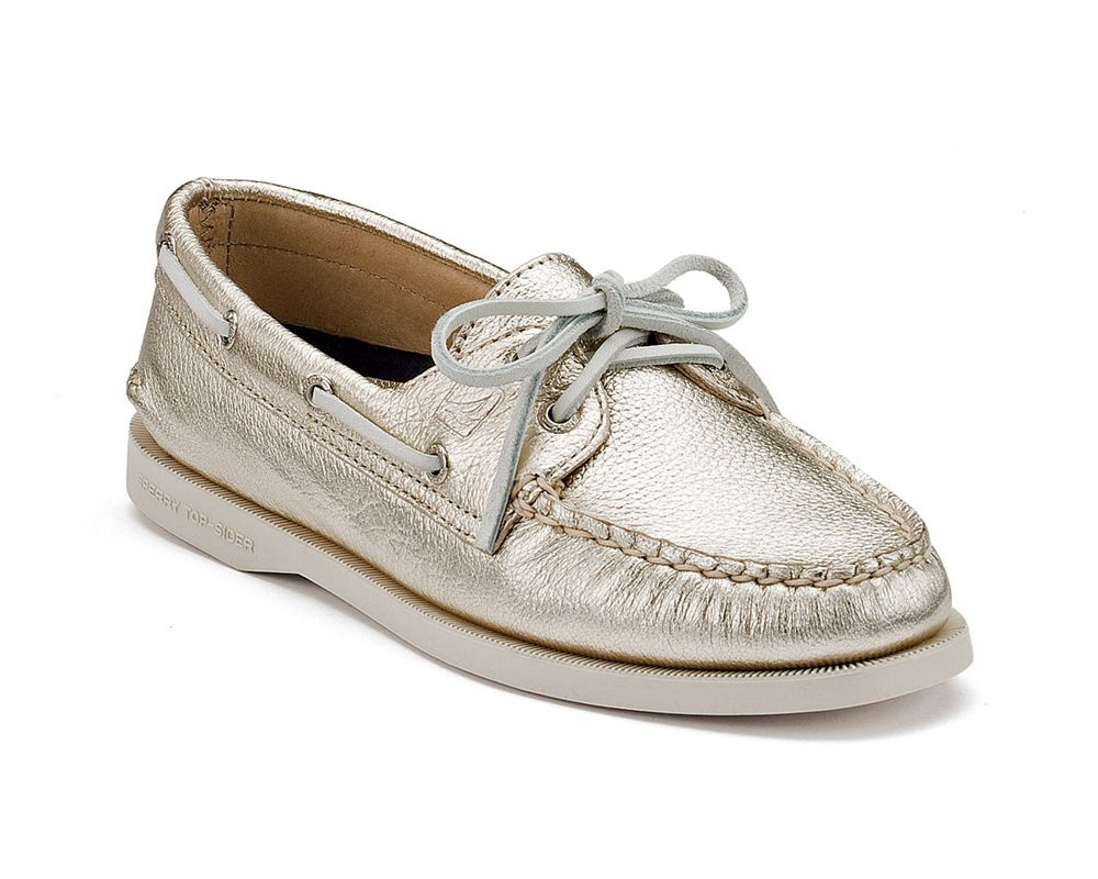 Boat shoes, Sperry boat shoes, Sperry