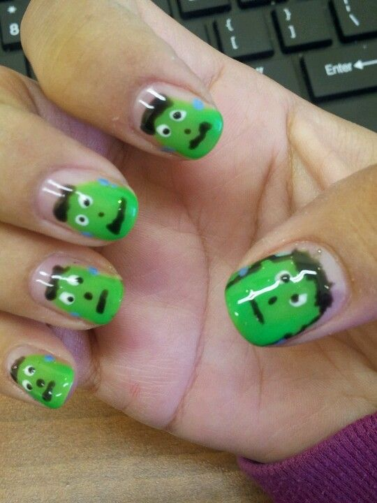 Pin by Candy Bronstein on Gelish nail art | Halloween ...